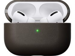 Nomad Active Leather AirPods Prohoesje Bruin