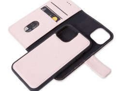 Decoded Leather 2 In 1 Wallet IPhone 12 Pro / IPhone 12 Hoesje Roze