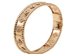 Van Cleef & Arpels Purlee Clovers Purlee Rose Gold Bracelet Small Size
