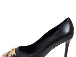 Burberry Black/Beige Check Fabric and Leather Turnlock Buckle Pumps Size 37.5