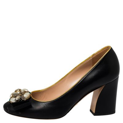 Gucci Black/Gold Leather Bee Pearl Pumps Size 38